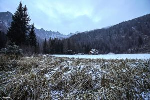 Il paesaggio ghiacciato presso il laggo Nambino